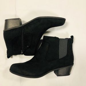 NWB Dr.Scholls Chelsea Ankle Boot